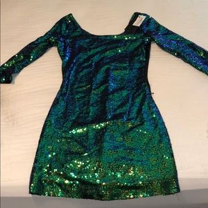 Green mini sequin dress